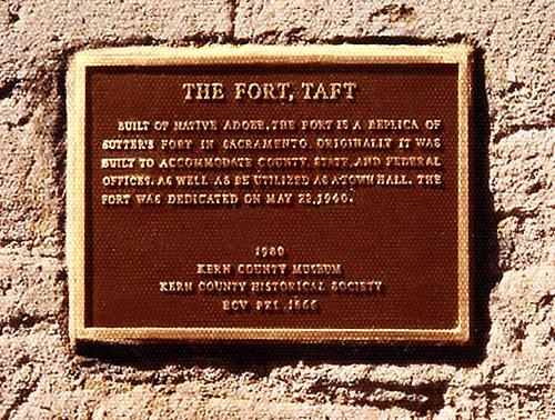 1980 Erection -- Sutter's Fort Replica, Taft.